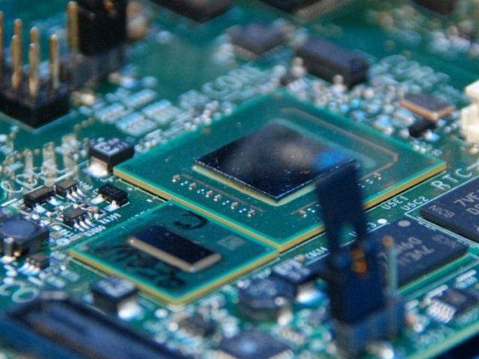 atom cpus microsoft blocks upgrade to windows 10 creators update