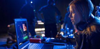Girl edits on Intel 8th Gen processor
